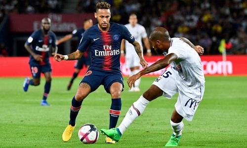 Neymar đã có 20 bàn sau 21 trận tại Ligue 1 cho PSG. Ảnh: PA.
