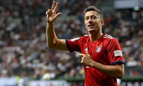 Lewandowski lập hattrick, Bayern đoạt Siêu Cup Đức
