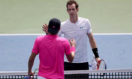 Murray (áo trắng) thể hiện phong độ thất thường dù US Open đã cận kề. Ảnh: Sky Sports.