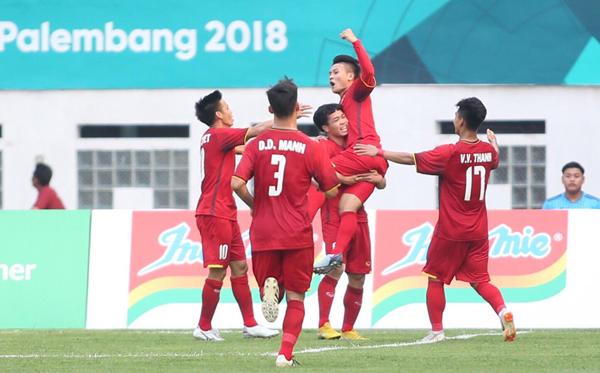 Quang Hải tiếp tục thể hiện duyên ghi bàn khi khoác áo đội tuyển. Anhtừng ghi 4 bàn cho Việt Namtrên đường giành HC bạc ở giải U23 châu Á hồi đầu năm. Ảnh: Lâm Thỏa.