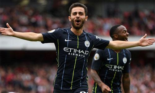 Man City thắng 2-0 ngay trên sân Arsenal dù không tung đội hình mạnh nhất. Ảnh: Reuters