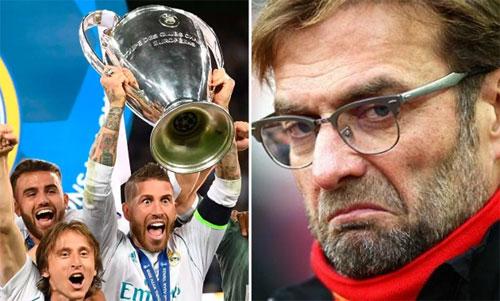 Klopp chưa hết bực tức về việc mất Salah đầu trận chung kết Champions League.