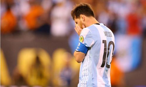"""Stoichkov: """"Argentina không thắng trong ba năm nếu chia tay Messi"""""""