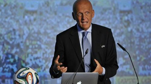 Ông Collina phát biểu trong một hội nghị về trọng tài. Ảnh:FIFA.