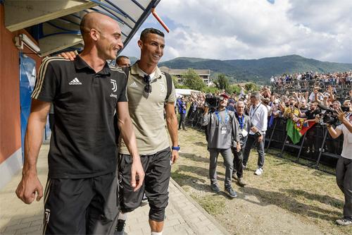 Ronaldo mang đến niềm hứng khởi, sự háo hức chưa thừng thấy ở Serie A hơn một thập niên qua.