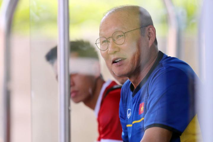 Sau chiến tích giành HC bạc châu Á, HLV Park Hang-seo được kỳ vọng sẽ giúp Việt Nam tại địa chấn ở sân chơi Asiad. Ảnh: Đức Đồng