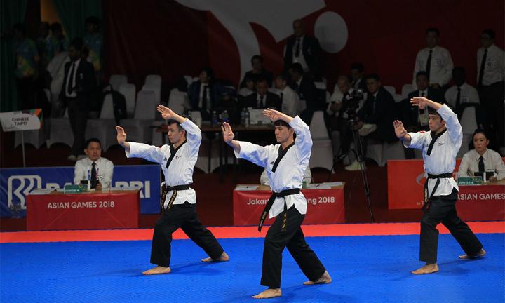 Đội quyền nam taekwondo mang về cho đoàn Việt Nam chiếc huy chương đầu tiên tại Asiad 2018. Ảnh: Đông Huyền.
