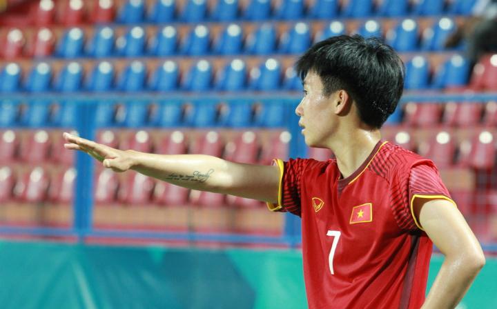 Tuyết Dung cũng là chân sút phạt tốt nhất của Nữ Việt Nam. Ảnh: Xuân Bình.