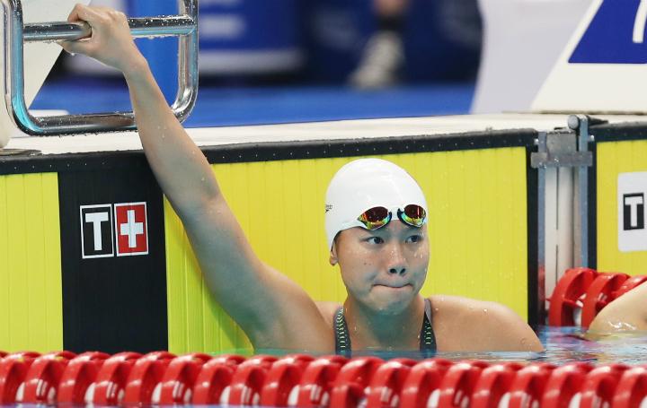 Ánh Viên buồn bã tại đích đến khi cô có thành tích bơi thua xa thành tích trong tập luyện. Ảnh: Đức Đồng.