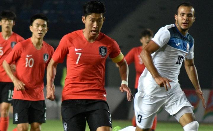 Son đã có bàn thắng đầu tiên cho Olympic Hàn Quốc tại Asiad 2018. Ảnh:NST.