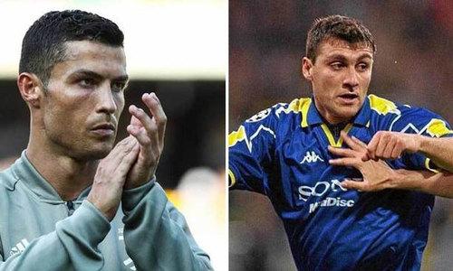 """Vieri: """"Người ta chê Ronaldo già, nhưng cậu ấy là cầu thủ hay nhất"""""""