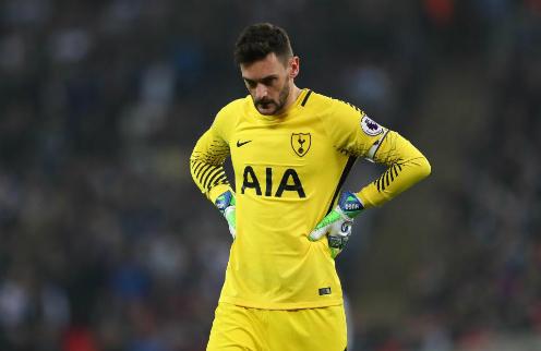 Thủ môn Lloris trong màu áo Tottenham. Ảnh:AFP.