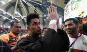 CĐV Malaysia, Indonesia khẩu chiến vì võ sĩ bỏ dở trận chung kết