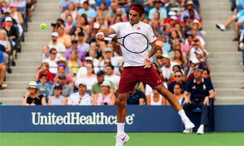 Federer có bước chạy đà tốt cho trận tứ kết dự kiến cam go với Novak Djokovic. Ảnh: Sky Sports.
