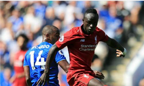 Mane (áo đỏ) giúp Liverpool duy trì mạch toàn thắng sau bốn vòng Ngoại hạng Anh. Ảnh: PA.