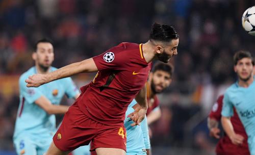 Roma loại Barca ở tứ kết Champions League mùa trước bởi luật bàn thắng sân khách. Ảnh: Reuters.