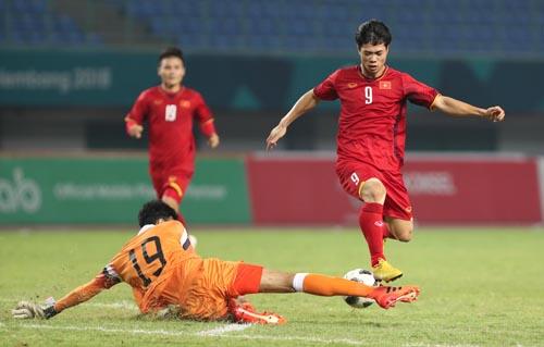 Cùng HLV Park Hang-seo, bóng đá Việt Nam gây tiếng vang lớn với tấm HC bạc giải U23 châu Á và vào tới bán kết Asiad. Ảnh: Đức Đồng