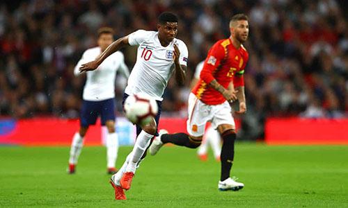Bàn thắng của Rashford vào lưới Tây Ban Nha hôm 8/9 là pha phối hợp ghi bàn đầu tiên của các cầu thủ Man Utd trong màu áo tuyển Anh, tính từ năm 2012. Ảnh: Reuters.