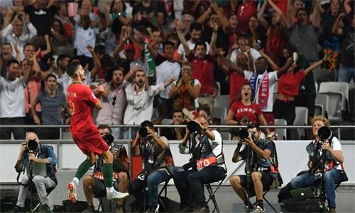 Andre Silva là tác giả bàn thắng duy nhất giúp Bồ Đào Nha đánh bại Italy. Ảnh: Reuters