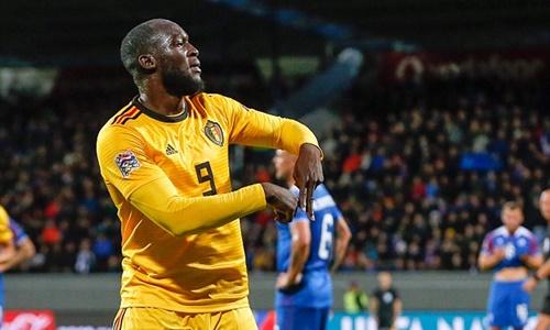 Lukaku tiếp tục thể hiện phong độ ấn tượng trong màu áo đội tuyển Bỉ. Ảnh: Reuters.