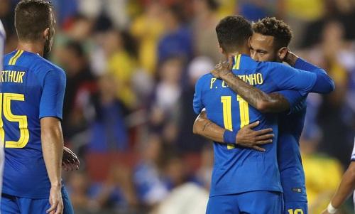 Neymar và đồng đội có một chiến thắng tưng bừng. Ảnh: CBF.