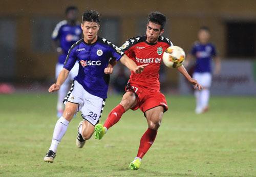 Đội thắng trong cặp đấu giữa Hà Nội và Bình Dương sẽ gặp Thanh Hóa ở chung kết.