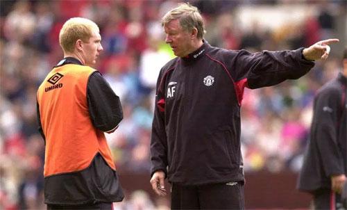 Cùng với Ryan Giggs, Paul Scholes gắn bó suốt sự nghiệp với Man Utd. Ảnh: Reuters