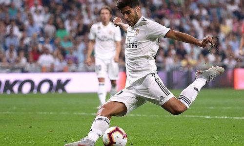 Real chiếm vị trí dẫn đầu La Liga của Barca