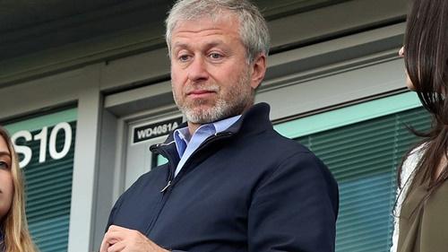 Abramovich không còn mặn mà với cương vị chủ sở hữu Chelsea, nơi giúp ông nổi tiếng trên toàn thế giới. Ảnh: Reuters.