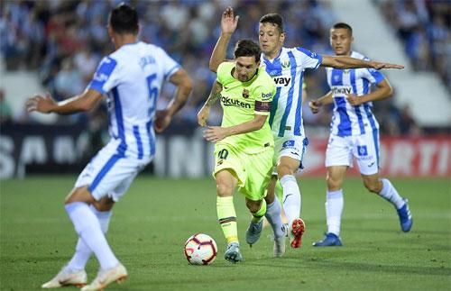 Leganes thành công trong việc chia cắt Messi với phần còn lại của Barca.