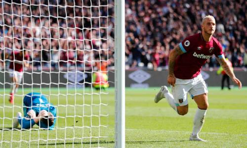 Arnautovic ghi bàn ấn định chiến thắng cho West Ham sau khi đánh bại De Gea ở tình huống đối mặt. Ảnh:Reuters.