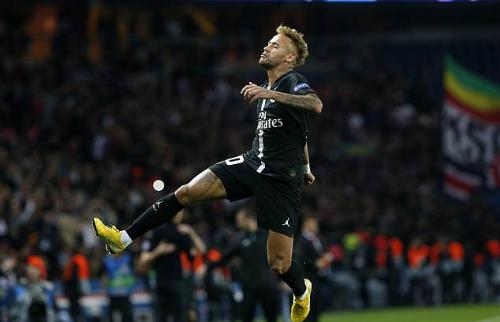 Sau 49 trận ở Champions League, Neymar đã có 30 bàn thắng và 19 kiến tạo. Ảnh: AP.