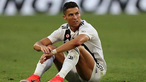 Ronaldo đang điêu đứng vì tố cáo hiếp dâm hồi năm 2009. Ảnh: Reuters.