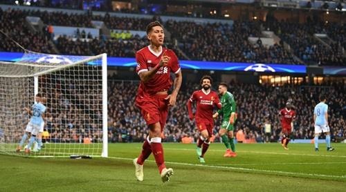 Firmino mừng bàn thắng ghi vào lưới Man City mùa trước. Ảnh: PA.