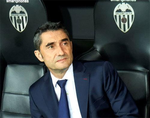 HLV Valverde không thể có hai chiến thắng quan trọng trên sân đối phương trong vòng bốnngày.