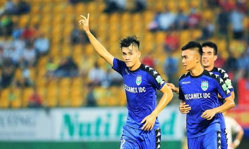 Công Phượng thua Tiến Linh trong cuộc đua ghi bàn ở V-League