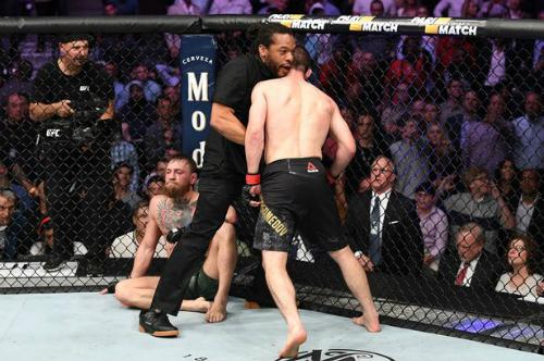 McGregor ở trận thua gần nhất trước Khabib Nurmagomedov. Ảnh:UFC.