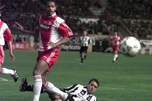 Henry thời cùng Monaco vào bán kết Champions League mùa 1997-1998.