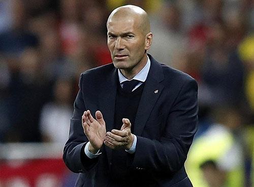 Zidane là cuộc tranh giành giữa Bayern Munich và Man Utd. Ảnh: Reuters.