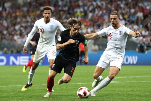 Modric trong trận đấu với tuyển Anh tại World Cup 2018. Ảnh: Reuters.