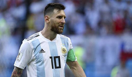 Messi chưa trở lại khoác áo đội tuyển Argentina sau World Cup 2018. Ảnh: AP.