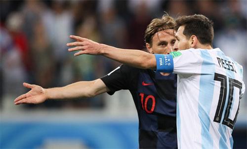 Modric và Messi đối đầu nhau tại World Cup 2018. Ảnh: Reuters