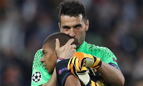 Buffon mới chuyển từ Juventus sang PSG trong hè 2018. Ảnh: Reuters