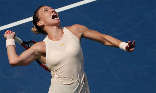 Halep sẽ kết thúc năm với vị trí số một thế giới, dù không dự WTA Finals. Ảnh: AP.