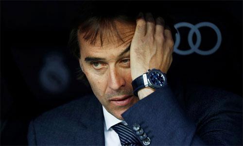 Lopetegui và Real đang có năm trận liên tiếp không biết thắng. Ảnh: Reuters