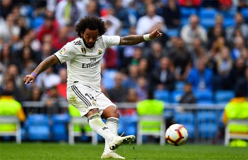 Marcelo dứt điểm như một tiền đạo thực thụ.