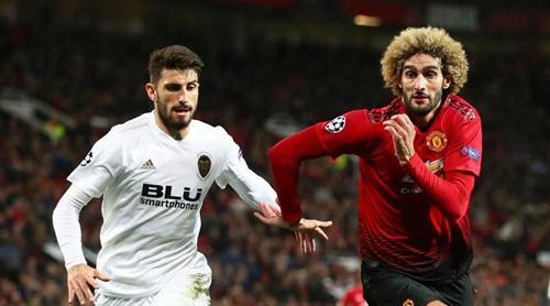 Man Utd chịu nhiều ảnh hưởng sau trận hòa Valencia hôm 2/10. Ảnh: PA.
