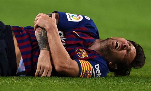 Barca sẽ phải chiến đấu mà không có sự phục vụ của Messi. Ảnh: Reuters