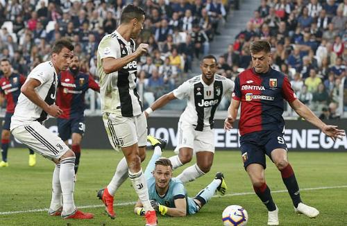 Thêm kỷ lục được thiết lập bởi Ronaldo. Ảnh: AP.