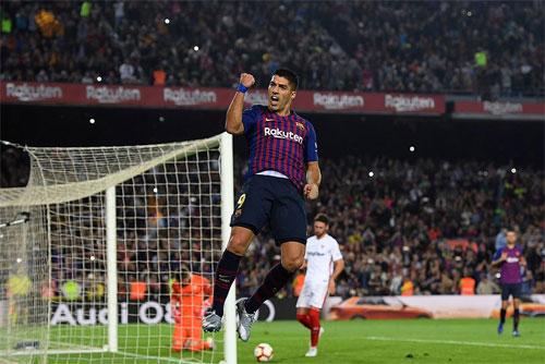 Suarez đang dần lấy lại cảm giác ghi bàn.